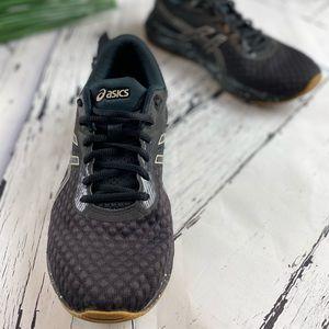 Men's ASICS GEL-Excite 6 Winterized Running Shoe Black/Putty 12 D size 9